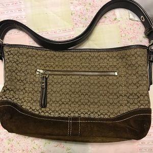 Small/medium coach handbag